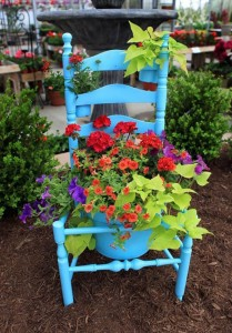creative-landscaping-ideas-old-chair-blue-paint-planter