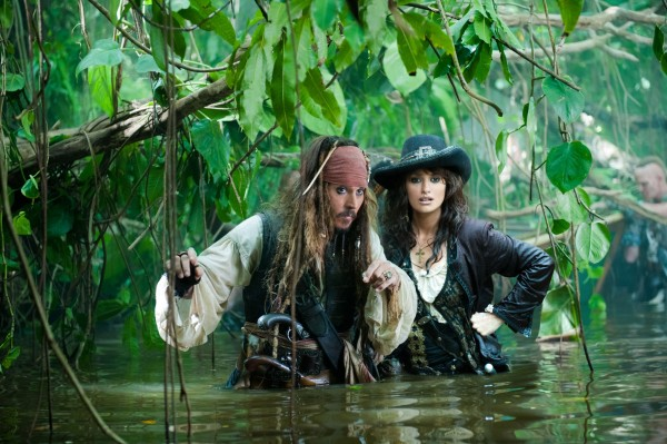 pirates_of_the_caribbean_movie_wallpaper-other