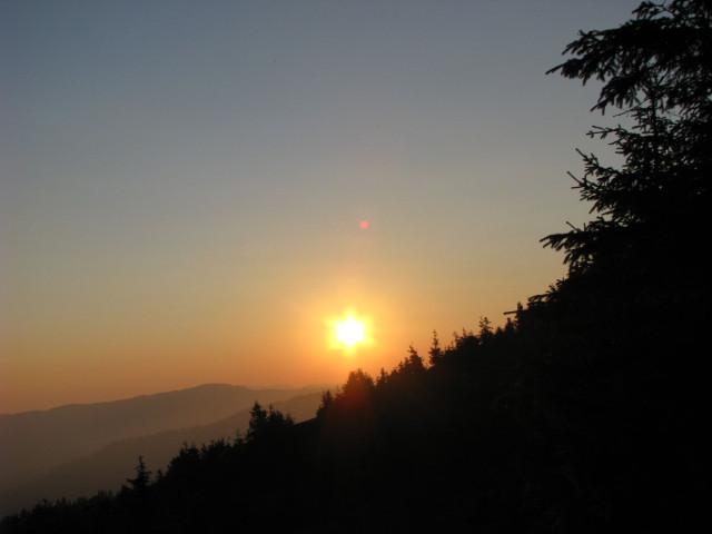 Захід Сонця зі схилів Петроса