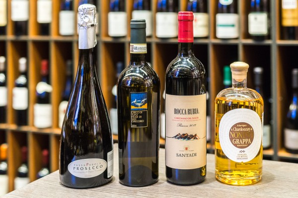Three wine sets for New Year's Eve
