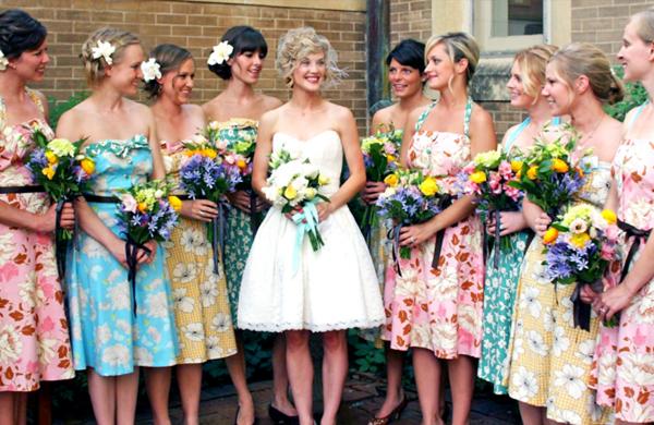 Что одевают на свадьбу к подруге