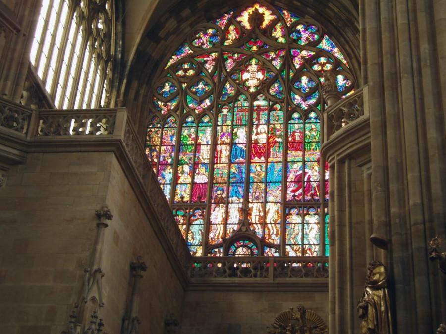 вітражі в костелі Віта