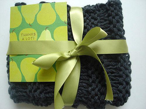 И еще огромное количество идей новогодней упаковки подарков, собранных по всей сети.