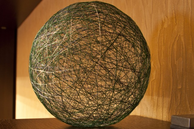 Новогодние игрушки своими руками шарик из ниток