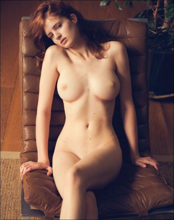 Молодые актрисы голые фото