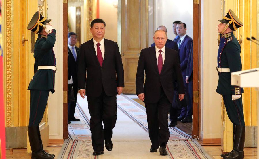 Автократы Путин и Си Цзиньпин