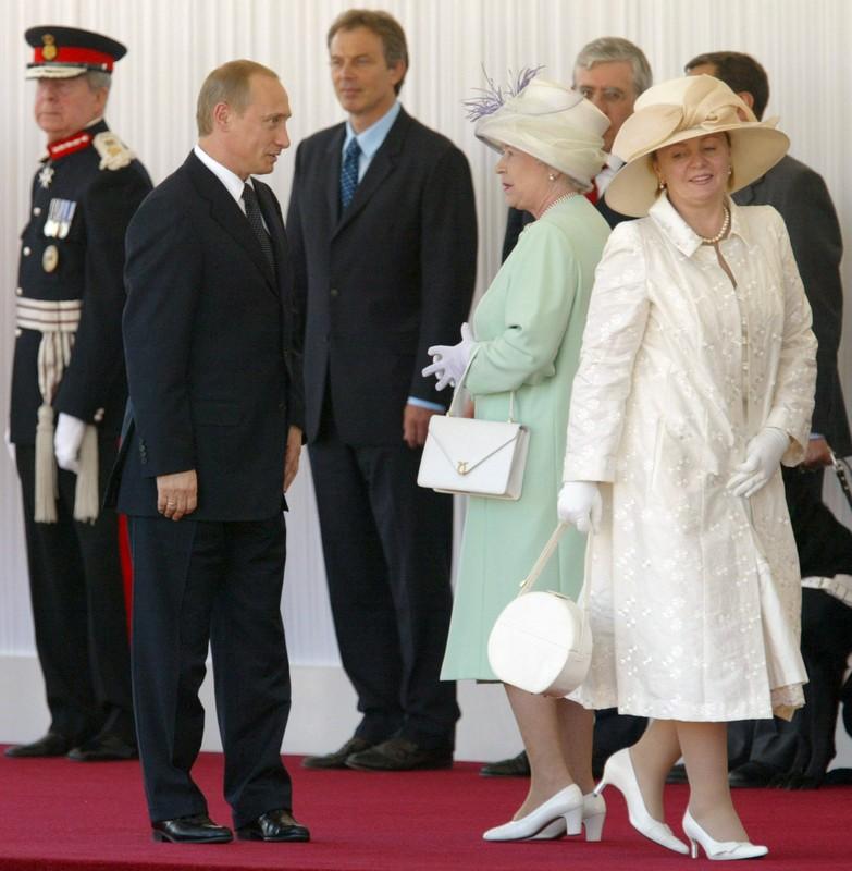 Путины у английской королевы