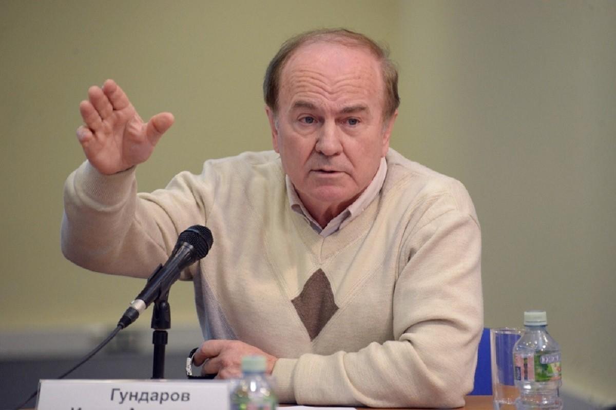 Профессор Гундаров: массовая вакцинация от ковид не нужна