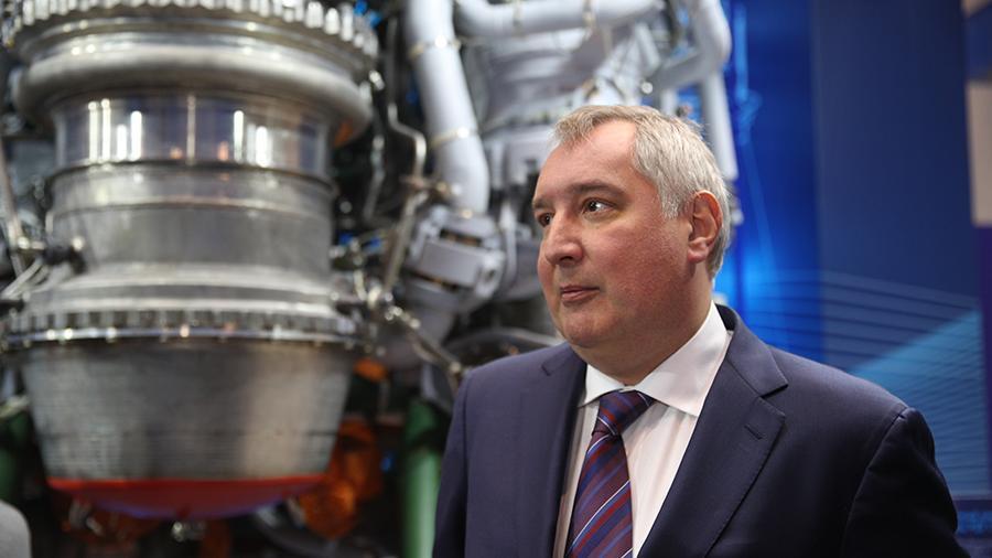 """Последние 3 года, после падения станции  """"Фобос — Грунт""""  Рогозин не организовал ни одного проекта исследования дальнего Космоса"""