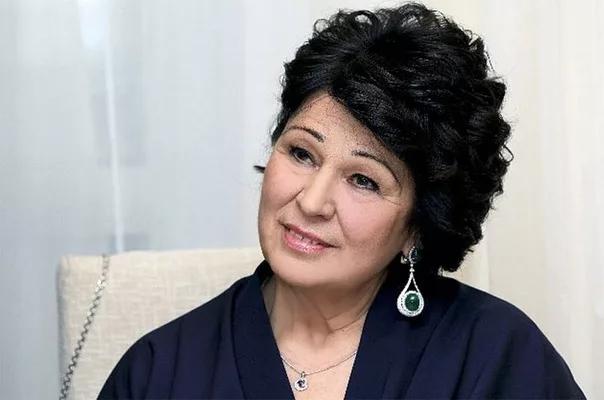 Луиза Михайловна Мишустина - мать