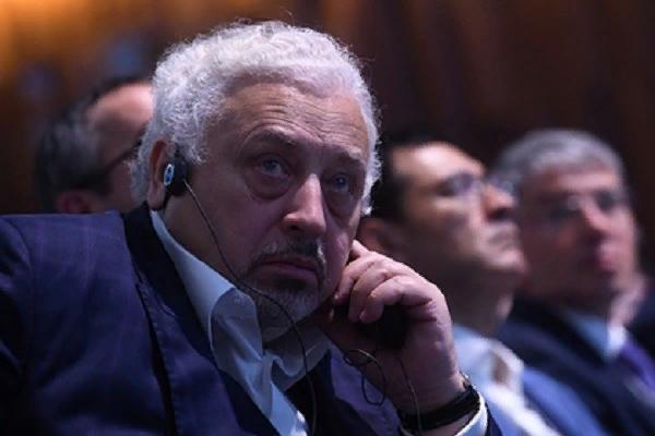 Советник Собянина раскрыл москвичам сроки массовой вакцинации от COVID-19