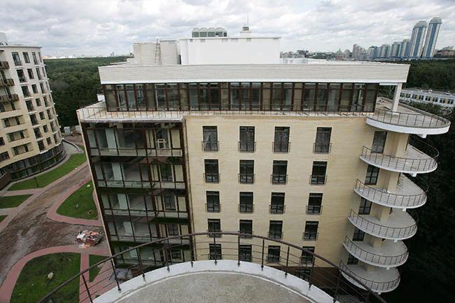 Дом  с квартирой Рогозиных