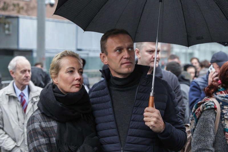 Юлия и Алексей Навальный. Фото: Влад Докшин / «Новая газета»