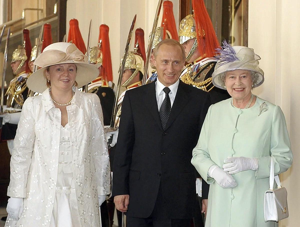 Настоящий Путин и первая леди России в гостях у королевы Великобритании Елизаветы