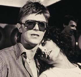 David Bowie Marc Bolan 9-001