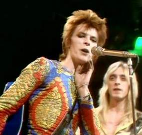 David Bowie Starman Top of the Pops 5