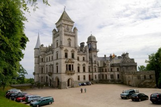 HDR/tone-mapped image, Dunrobin Castle