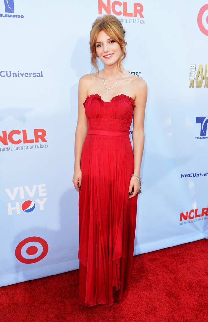 Bella+Thorne+2012+NCLR+ALMA+Awards+Red+Carpet+ByoNnkgtNgEx