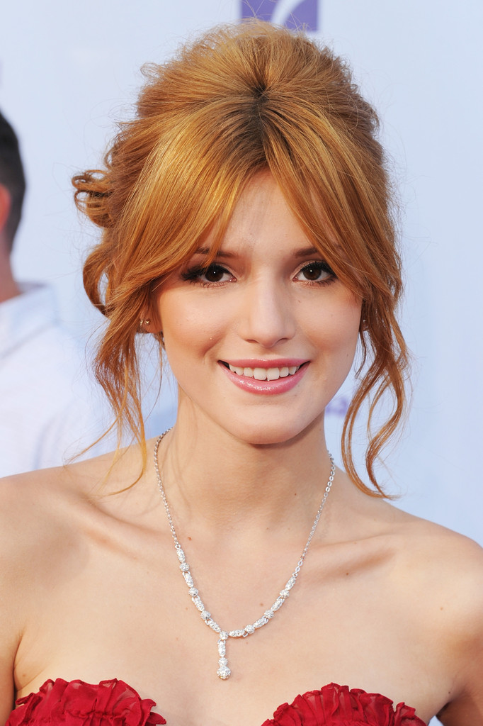 Bella+Thorne+2012+NCLR+ALMA+Awards+Red+Carpet+P4NR9yCA8Phx