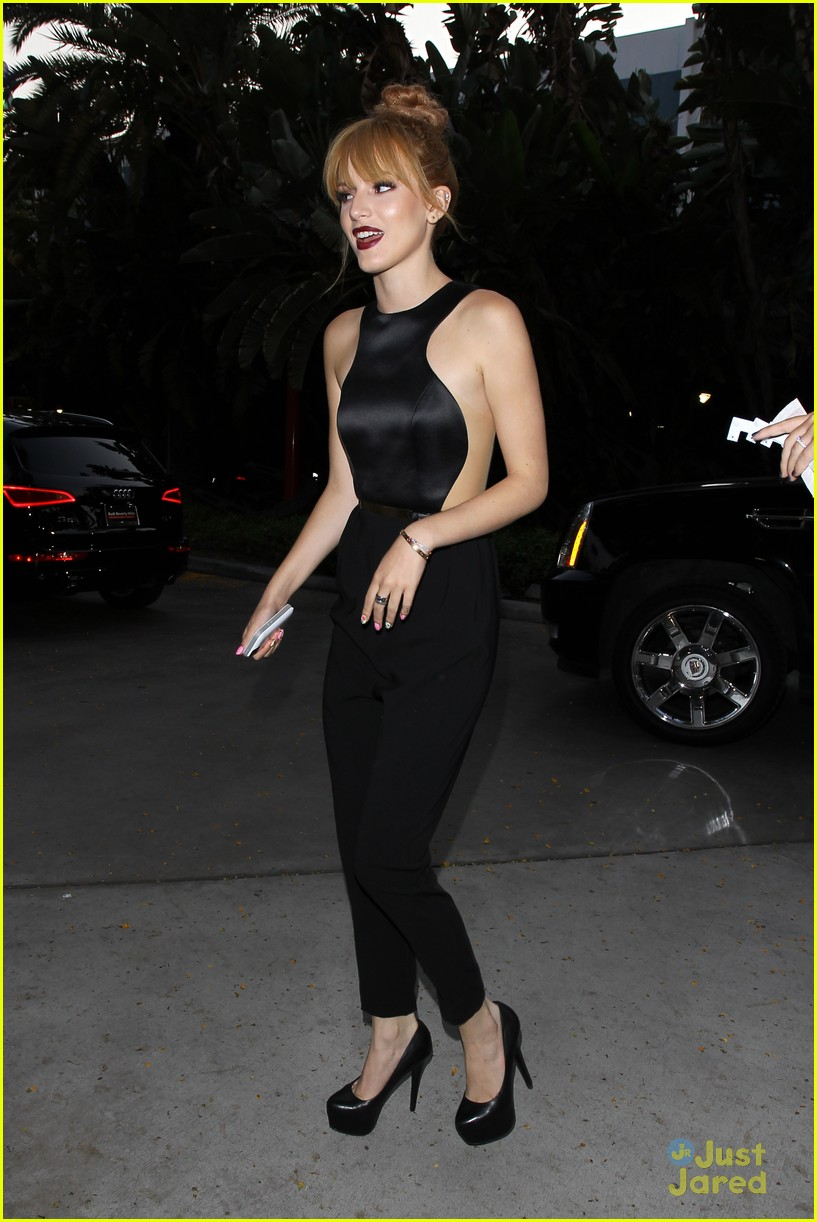 bella-thorne-beyonce-concert-with-lea-michele-06