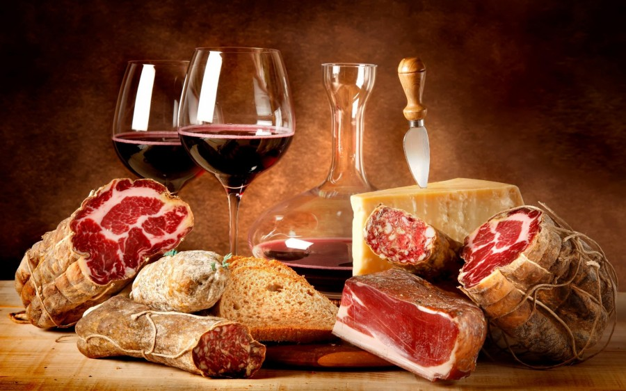 Food___Meat_and_barbecue_Meat_and_wine_047752_