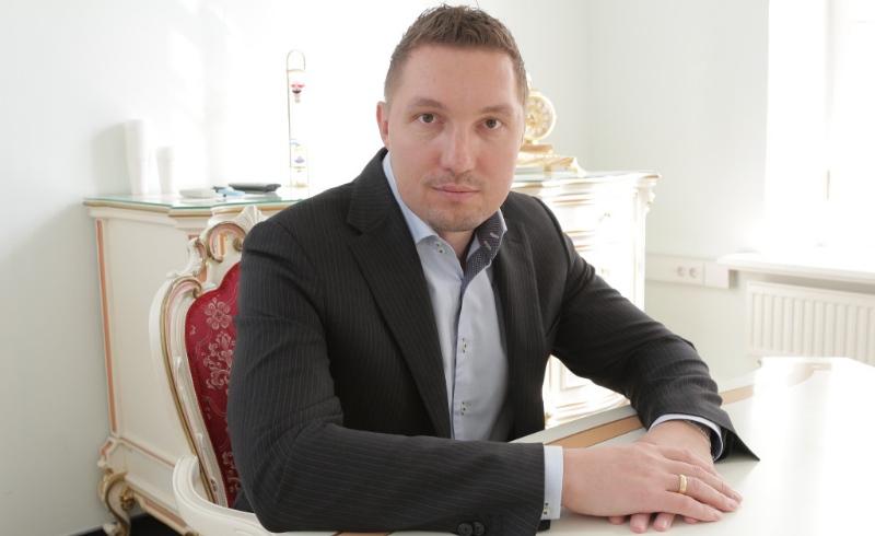 Мариничев