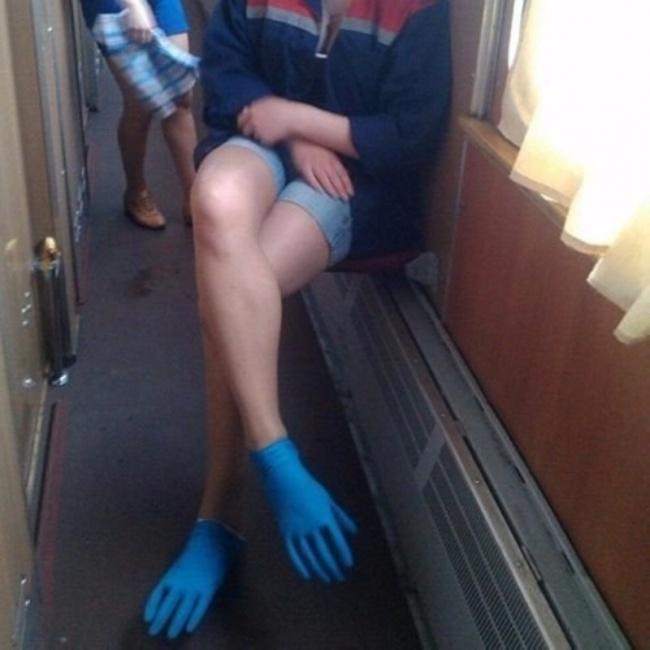 Когда забыл дома обувь...