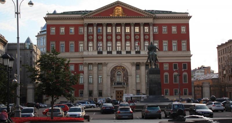 Москва. Правительство. Первые перестановки