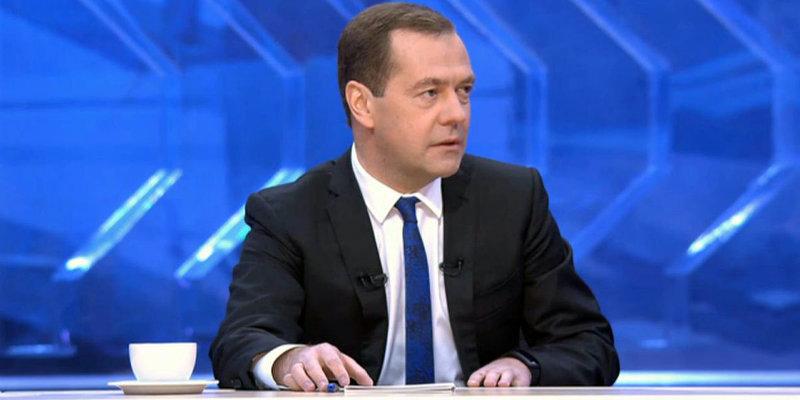 Медведев: всероссийская реновация