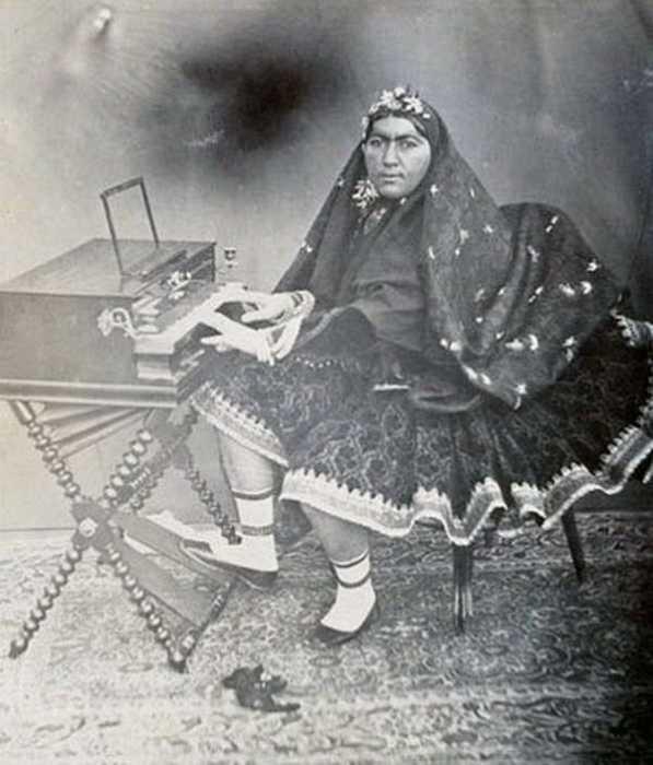 Анис аль-Долех или Задушевный Друг Державы.