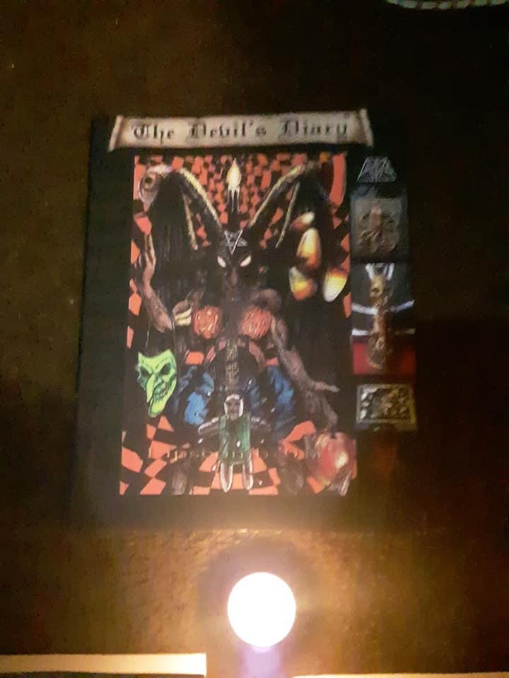 Devils Diary XXXII / Helloween LV