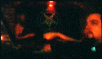 Warlock Draconis Blackthorne in ritual