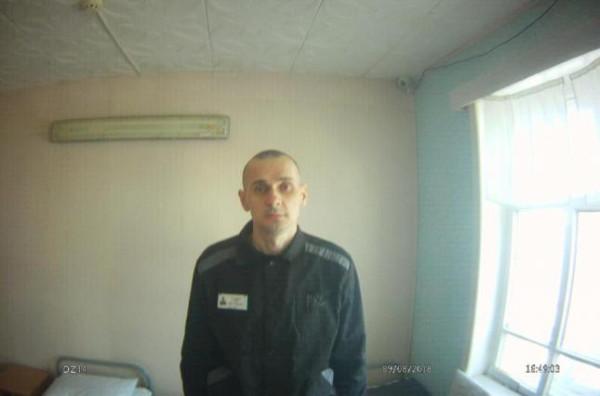 sentsov2-02