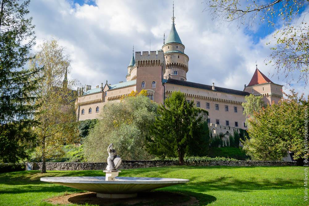 Картинки по запросу Дворец Bojnice