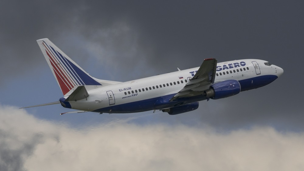 EI-RUM Boeing 737-700 Transaero VKO