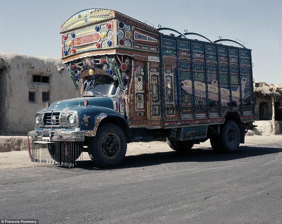 АфганскийГрузовик