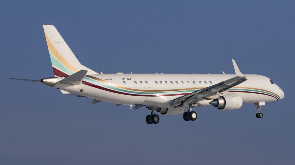 OO-NGI E190(Lineage 1000E) Flying Service VKO2