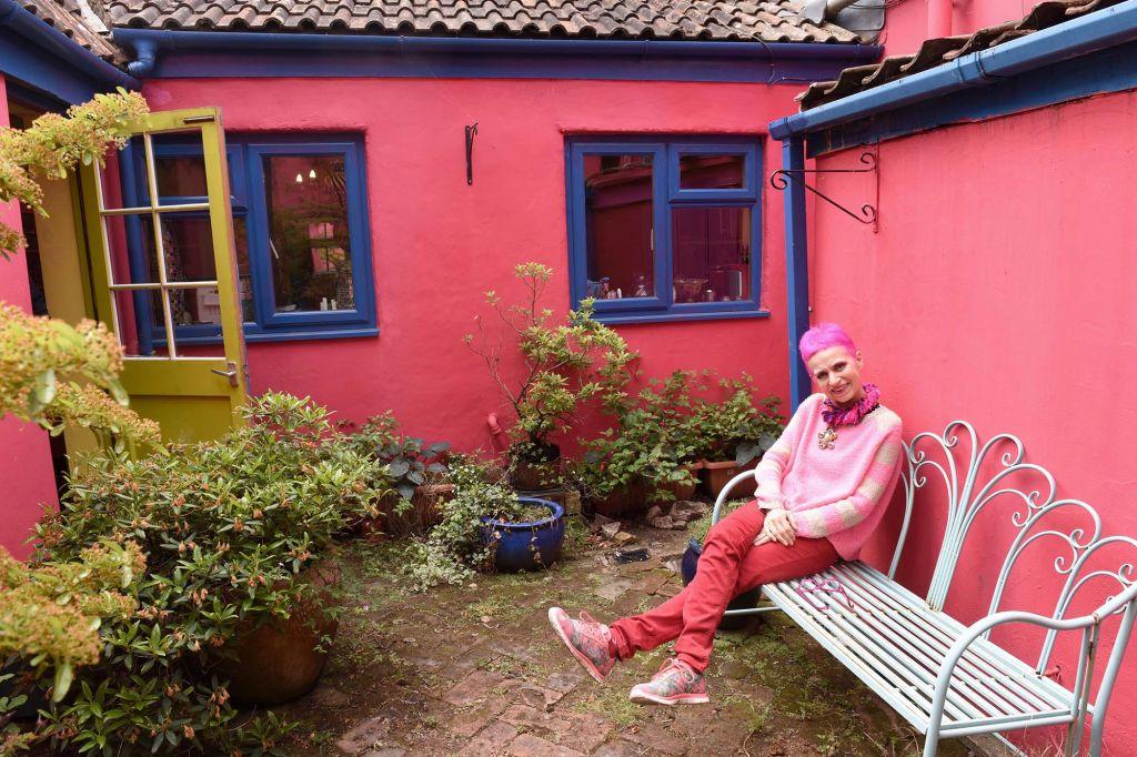colorful-house-56.jpg