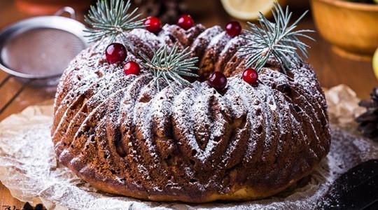 Творожный кекс с яблоками и изюмом