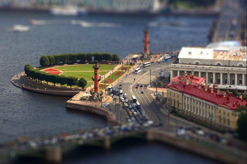 Петербург как игрушка