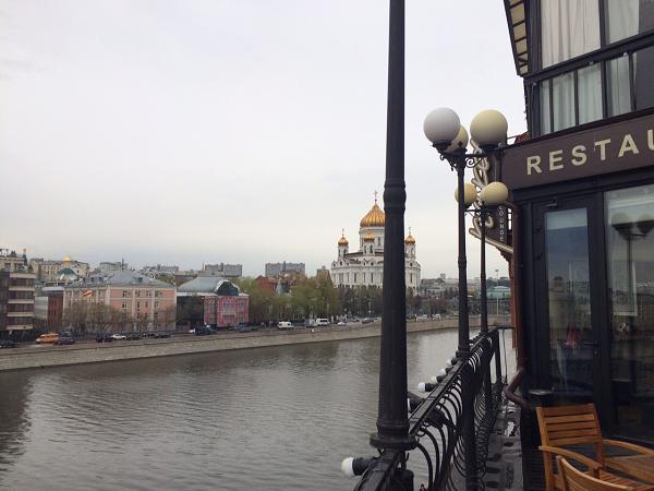 ресторан Река вид