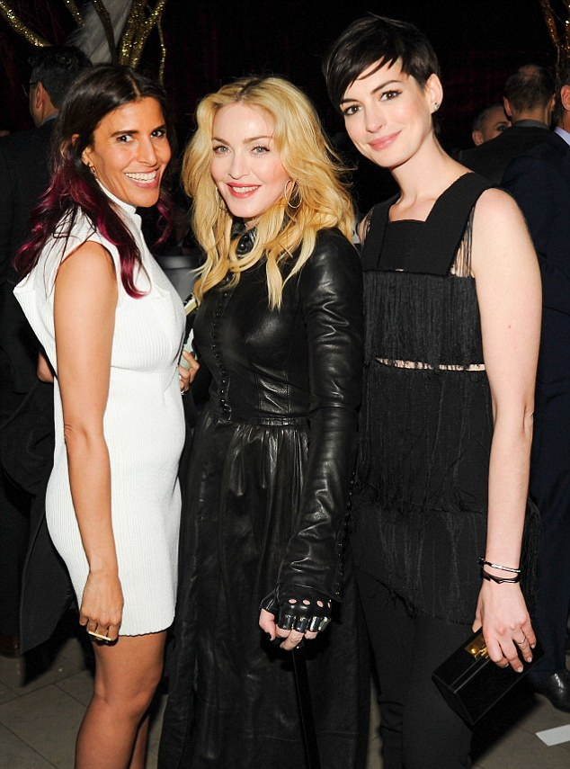 20140211-pictures-madonna-the-great-american-songbook-event-12