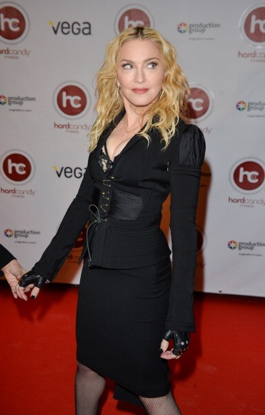 20140212-pictures-madonna-hard-candy-fitness-toronto-grand-opening-23