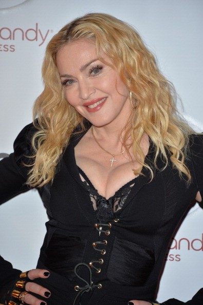 20140212-pictures-madonna-hard-candy-fitness-toronto-grand-opening-06