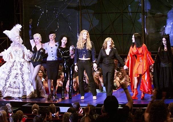madonna-vma-drag-queens-billboard-650