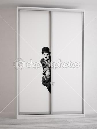 Шкаф - купе. Фотопечать - Чарли Чаплин.