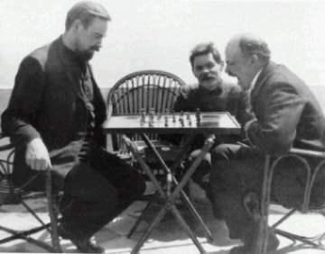 Bogdanov_MaximGorki_Lenin1908