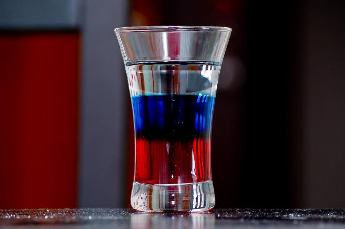 коктейль флаг