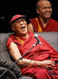 1195399561_dalai_lama_japan