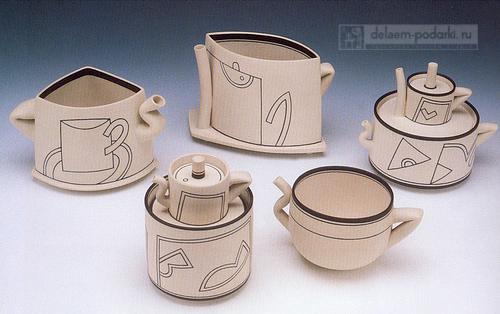 необычный и очень красивый чайный сервиз